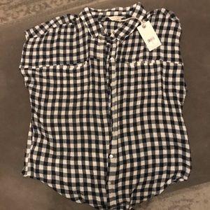 lucky shirt nwt medium